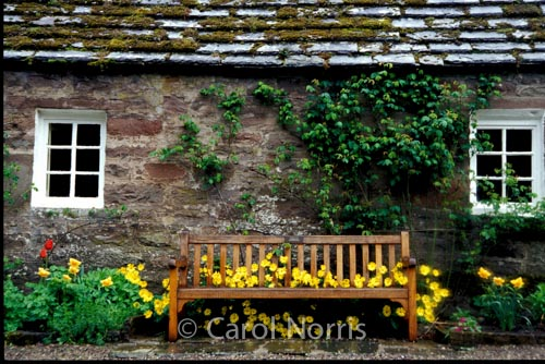Britain-Scotland-cottage-stone-bench