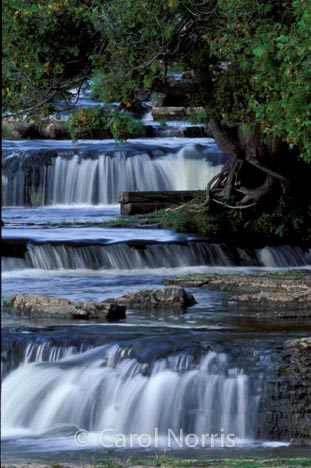 Canada-Ontario-Sauble-falls-waterfall