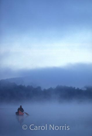 Canada-canoe-fog-early-morning