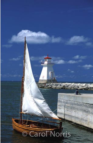 Canadiana-Lake-Huron-Southampton-lighthouse-sailboat