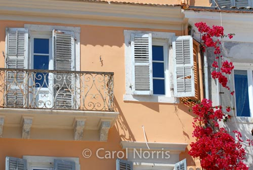 European-Croatia-Split-balcony-bougainvillea-flower-shutters