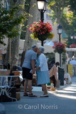 France-Provence-kissing