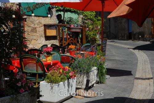 Provence-France-restaurant-alfresco-red-umbrella