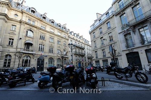 Paris-square-motorcycles