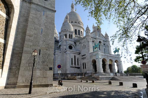 Sacre-Coeur-Paris-church