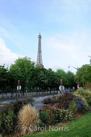 eifel-tower-roads