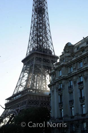 paris-eifel-tower