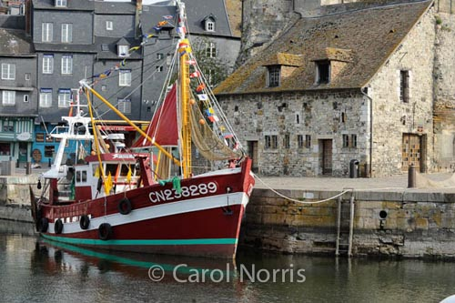 red-fishing-vessel-honfleur-normandy