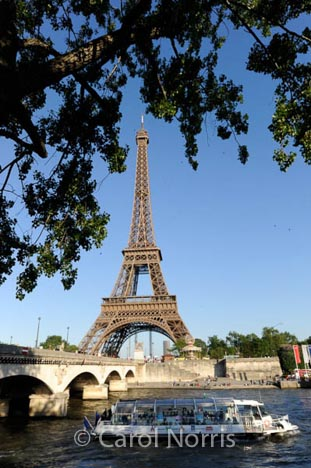 sightseeing-eifel-tower-paris