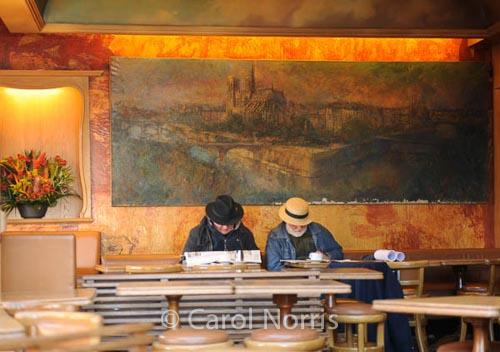 silence-golden-artists-Montmartre-Paris