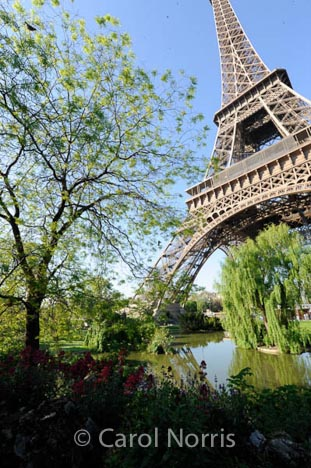 spring-time-paris-eifel-tower