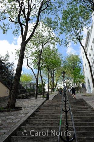 staircase-sacre-couer-paris