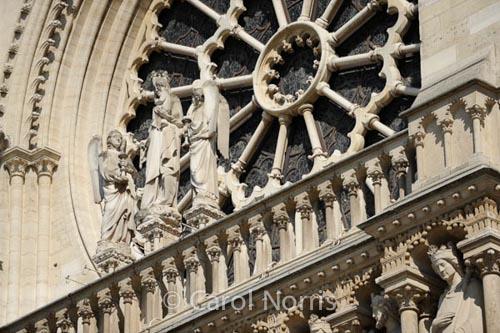 statues-notre-dame-paris