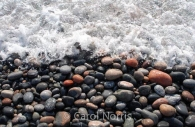 Canada-Ontario-Lake-Superior-pebble-beach.jpg