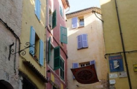 France-Provence-flying-carpet-town.jpg