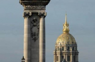 gold-statue-paris-2.jpg
