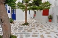 European-Greece-Mykonos-Greek-island-courtyard.jpg