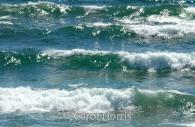 Canada-Great-lakes-lake-superior-waves.jpg