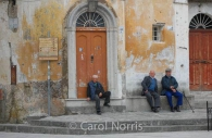 European-Italy-Ravello-old-men-village-attitude.jpg