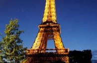 paris-sparkles-eifel-tower-night.jpg